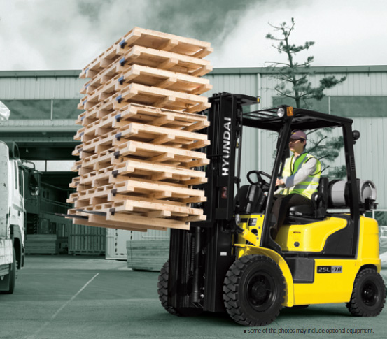 5000# Warehouse Forklift